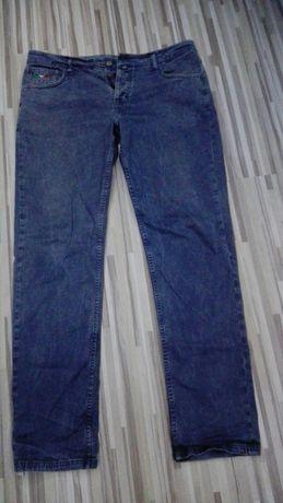 Мъжки дънки LEVIS-20лв