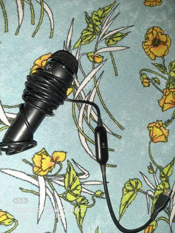 Microfon Logitech NOU !