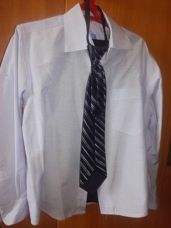 Продам рубашки на школьника