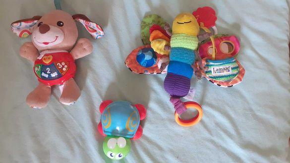 детско музикално кученце и други играчки
