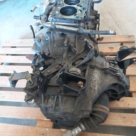 Двигател на части Тойота Авенсис 2.2  177 к.с D-CAT