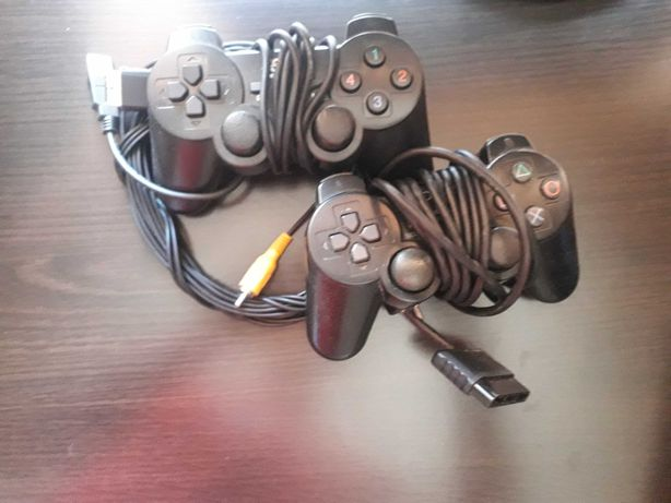 Playstation 2 complet cu 3 jocuri incluse