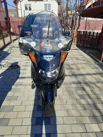 Yamaha MBK ( majesty ) 250