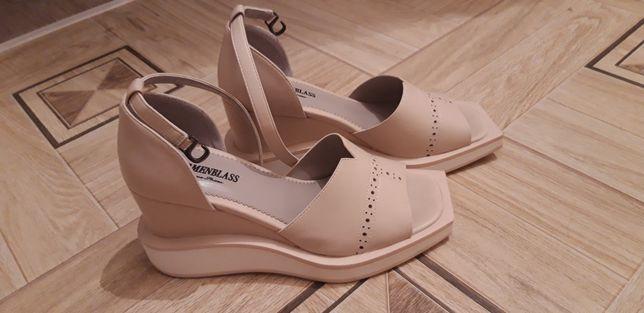 Обувь женская сандалии
