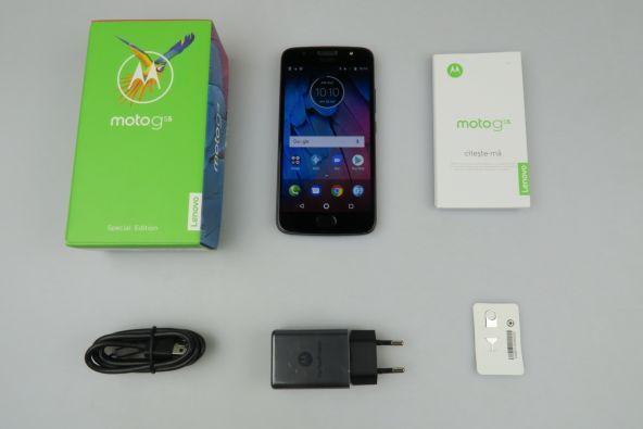 Cutie cu accesorii Motorola G5s