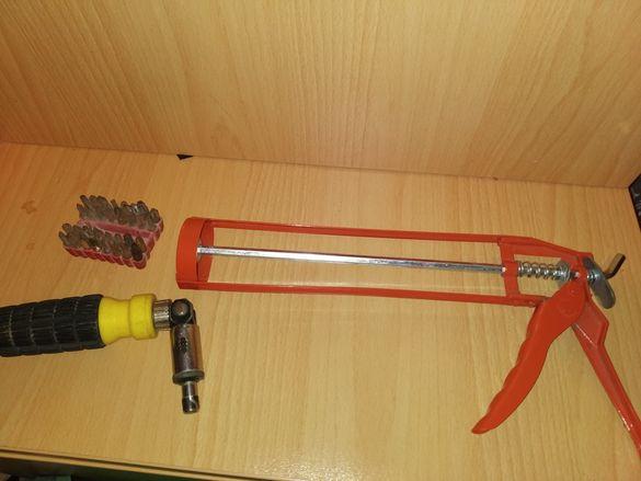 Пистолет за силикон и тресчотна отвертка с битове