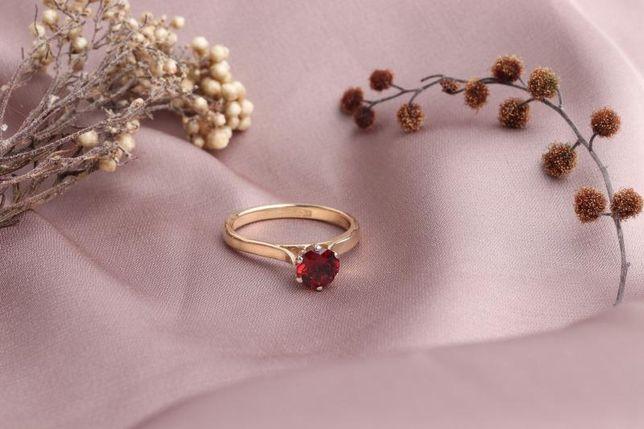0% Кольцо с камнем , золото 585 Россия, вес 2.93 г. «Ломбард Белый»