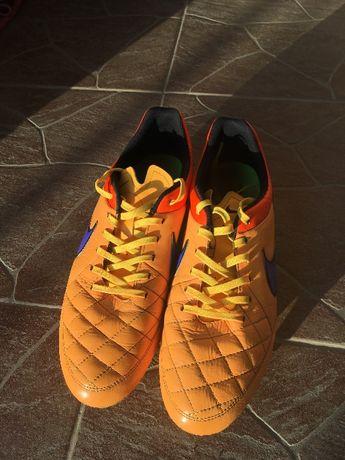 Ghete fotbal Nike Tiempo FG 44.5
