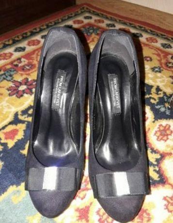Туфли женские три пары