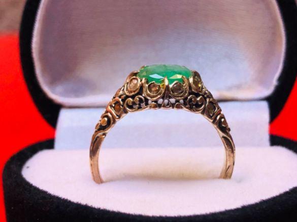 Старинен златен пръстен с изумруд 1,5К и 14бр.диамантени люспи