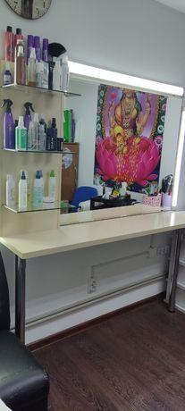 Продам зеркало для парикмахерской