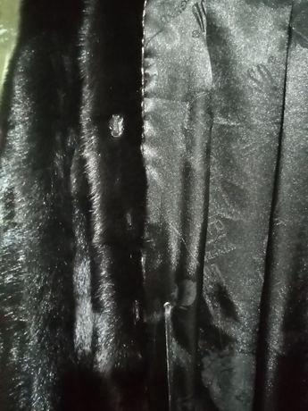 Шуба женская, 48 размер, чёрный бриллиант