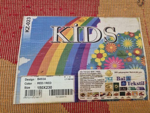 Детский ковер