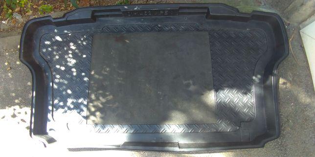 Tavă portbagaj pentru Toyota celica t23