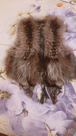 Красивая жилетка меховая