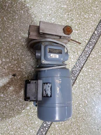 Motor cu reductor 35 v