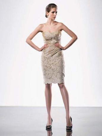 Se vinde o superba rochie marca Enzoani mărimea 42-44