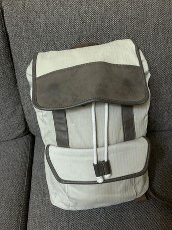 Продам рюкзак для ноутбука.