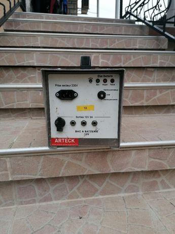 Батерия за захранване на светлини знаци по пътищата