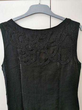 Черна рокля с мъниста и камъни размер М Л