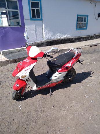 Продам скутер в хорошем состояние