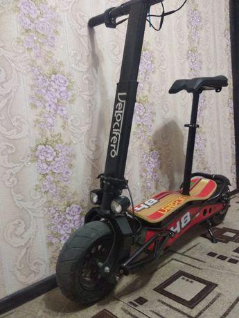 Продам Электросамокат оригинал Велоцефиро производства Италия