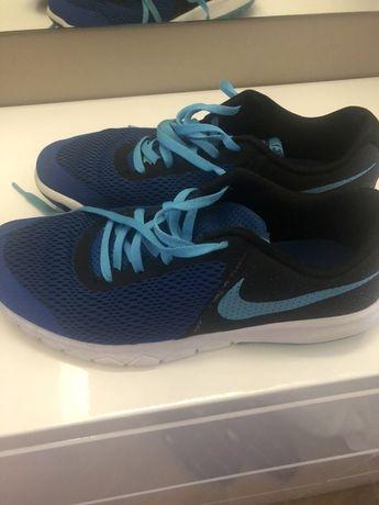 Маратонки Nike uk6,evr.40