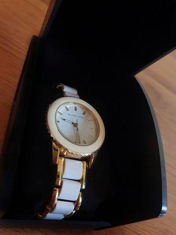 Оригинален часовник на Michael Kors
