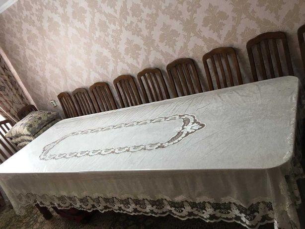 Срочно продам стол со стульями+ скатерть