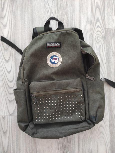Рюкзак детский в школу