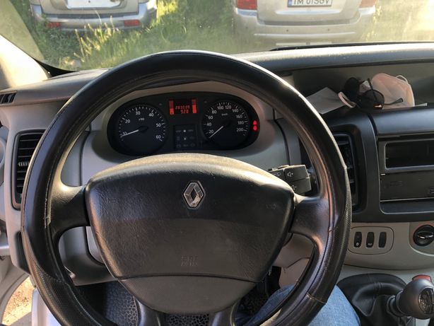 Renault trafic vivaro primastar nu ford mercedes.