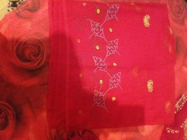 costume indiene 100 lei costumul