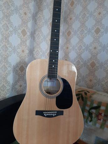 Продаётся акустическая гитара)