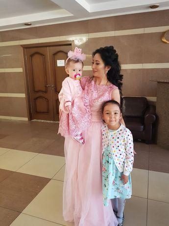 Продам платья «мама и дочь» и свадебное