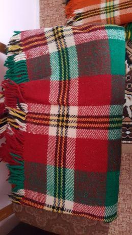 Продавам родопски одеяла