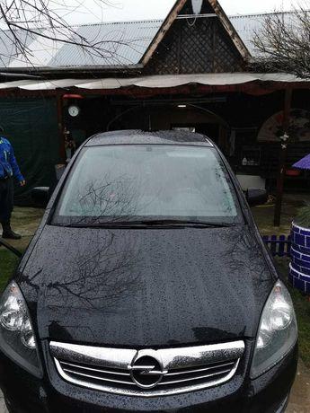 Opel zafira 2011 7 locuri