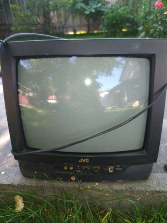 Телевизор маленький,2 штуки