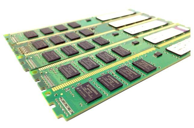 Memorie RAM DDR3 - 2 GB -1333Mhz