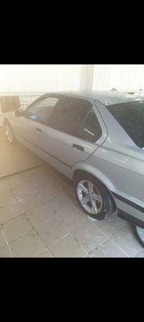 Продам автомобиль БМВ Е36