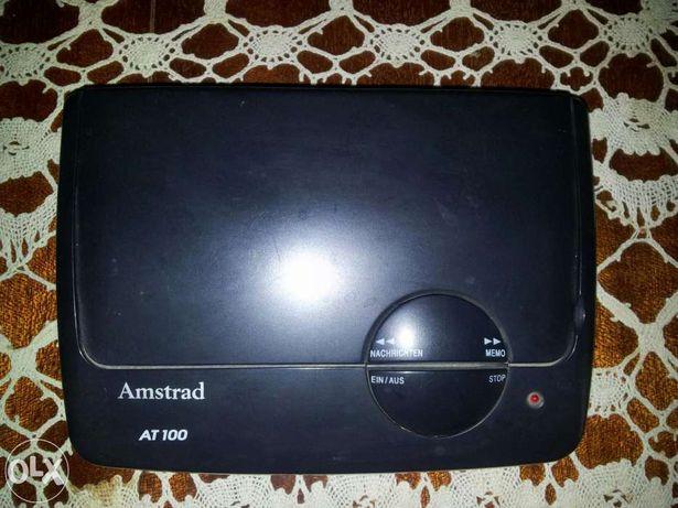 Robot telefonic Amstrad AT100