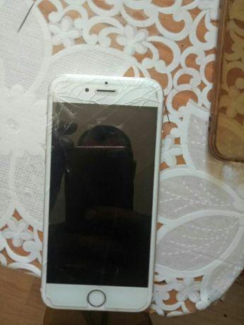 Продам айфон шестой