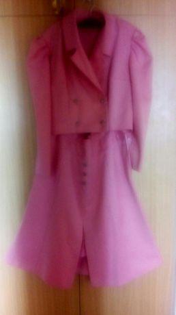 Costum roz elegant