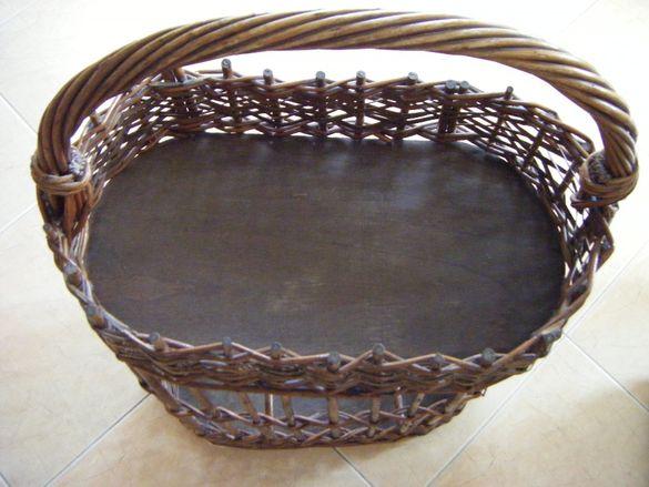 Декоративна плетена кошница