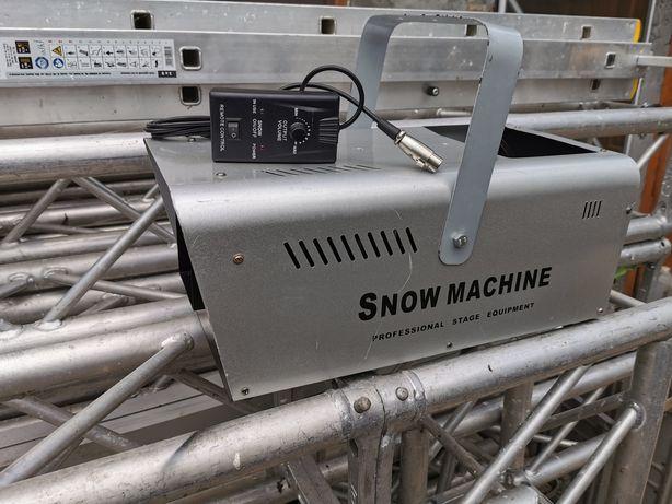 Mașina de zăpadă