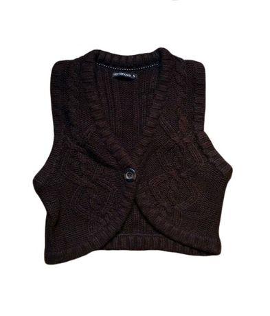 Vesta Terranova lana crosetata maro dama superba stil Bershka scurta