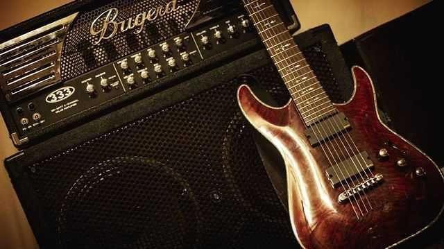 Продам гитарный усилитель Bugera 333 с кабинетом