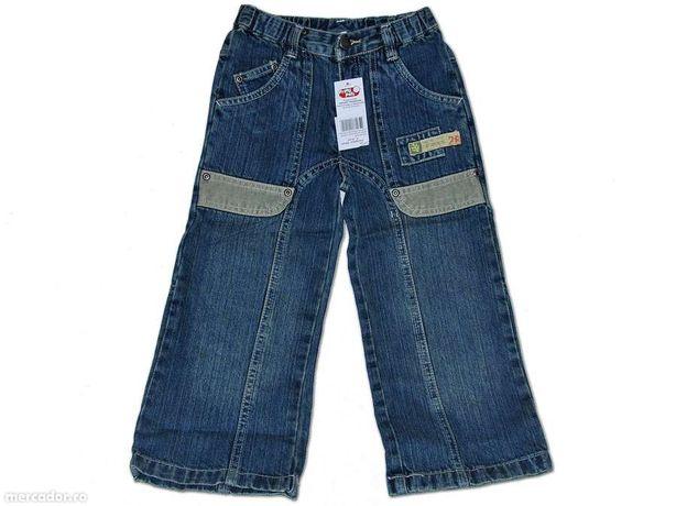 Jeans pentru copii 2-8 ani