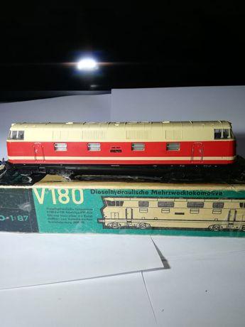 Vând locomotiva BR 218 Piko
