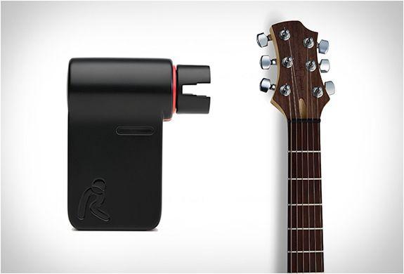 Roadie Tuner automat si racordor de chitară,nou