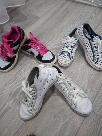 "Маратонки ""Nike"" , ""Pepe Jeans"", ""Adidas"" и балерини "" Paolo Boticelli"